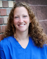 Lindsay Schlesinger - Vail Valley Animal Hospital